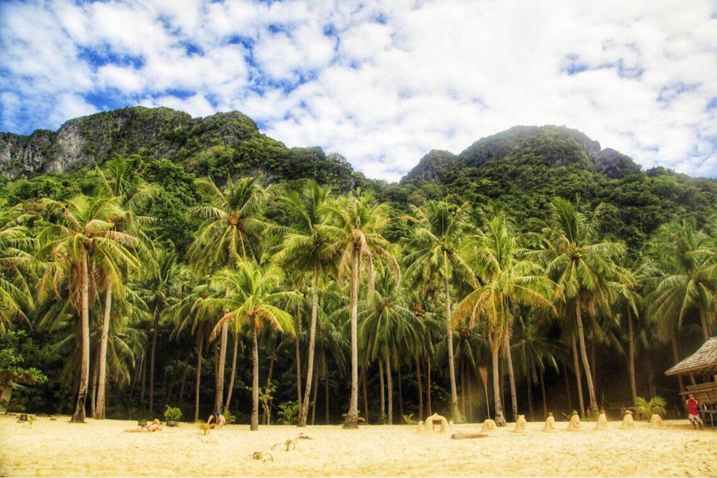 Travel - 7 Commandos Beach Philippines