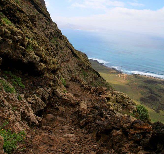 3 beautiful hikes in Lanzarote.