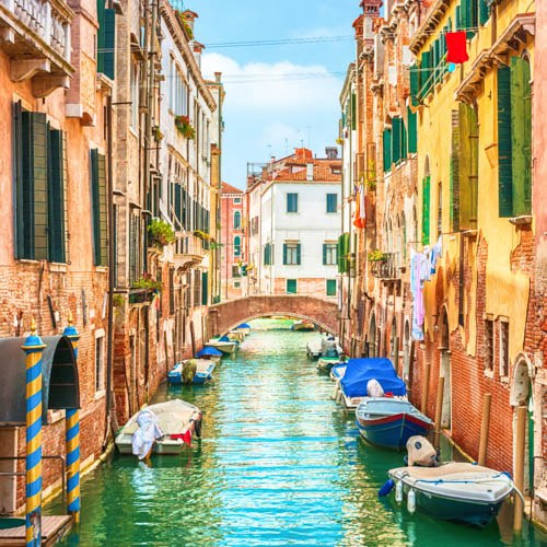 Where can I travel in Europe 2021? Italy.